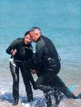 GtB Notfall Transport eines Taucher aus dem Wasser