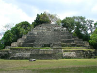 GtB The Mayan Jaguar Temple in Lamanai