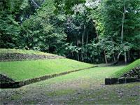 GtB Einer der Maya Ballspielplätze in Xunantunich