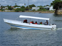GtB Requena Watertaxi on the Way to Puerto Barrios