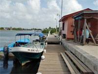GtB Das Hockey Pokey Wassertaxi in Placencia