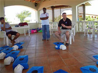 GtB 1. Hilfe CPR Training von Bandage International in San Pedro Belize