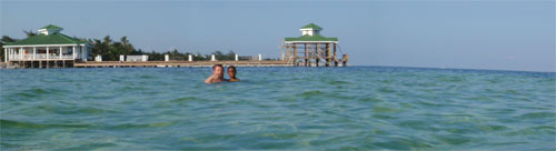 GtB Fun and relaxing in the Water                                   of Ambergris Caye